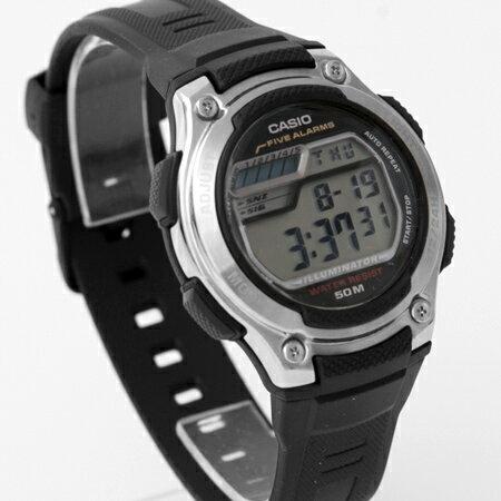 CASIO卡西歐 黑色圓型設計搭配鋁合金質感錶圈腕錶 50米防水 柒彩年代【NE1864】原廠公司貨 - 限時優惠好康折扣