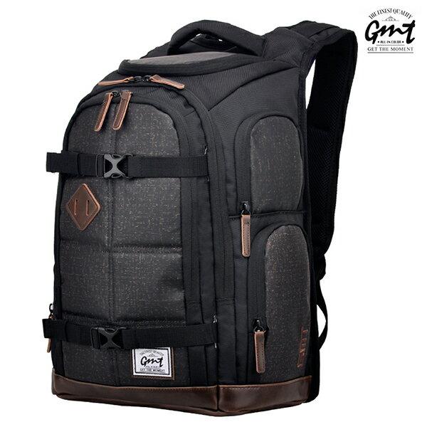 E&J【011008-02】免運費,GMT挪威潮流品牌 專業電腦背包 棕色 附17吋筆電夾層;登山包/雙肩豬鼻包