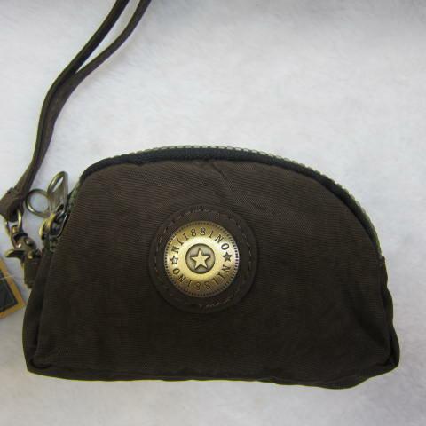 ~雪黛屋~18NINO81零錢包進口專櫃三層主袋設計進口超輕防水布可放信用卡萬用包小型輕巧方便置口袋好拿M35-038咖
