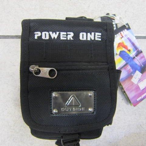 ~雪黛屋~POWER ONE 外掛式腰包 隨身物品專用包 型男必備腰包 防水尼龍布材質 AI690黑-繡字白
