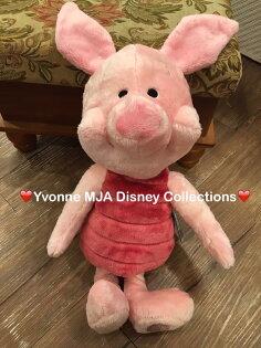 Yvonne MJA英國代購*英國迪士尼Disney 樂園限定正品維尼貼心好友 小豬(Piglet)中型娃娃 現貨實拍