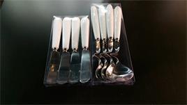 【日本-DULTON】不銹鋼奶油麵包刀(四支入)-適於塗抹奶油及果醬 ,沒有鋒利的刀口,兒童可安心使用,刀身由不銹鋼製造,白色的塑膠握把,輕巧、便利、方便攜帶 0