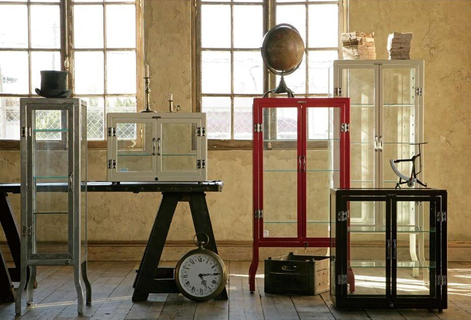 【日本-DULTON】落地式中型展示櫃牙醫櫃-依據傳統牙醫存放器具概念設計,不再拘泥於器具存放,可於居家或店家餐廳,依個人喜好擺設或陳列物品,點綴自身居家或餐廳特色 2