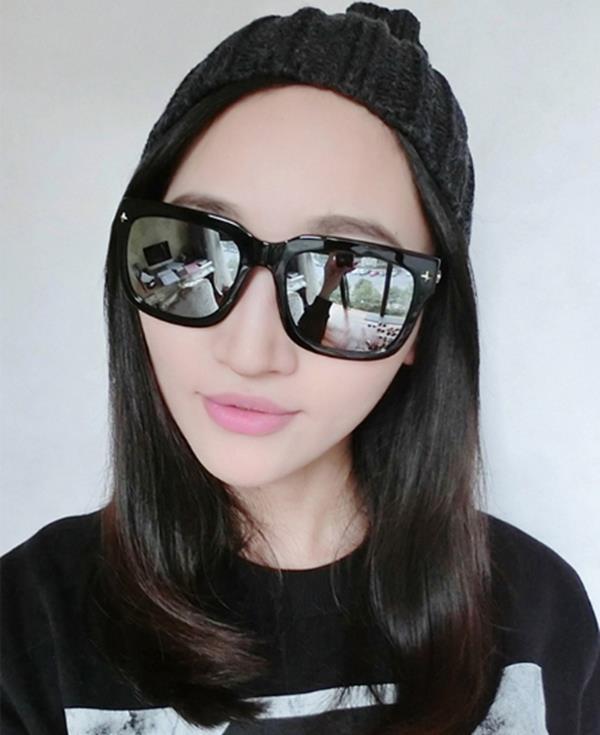50^%OFF~J004196Gls~ 鉚釘彩膜太陽眼鏡瘦臉大框炫彩墨鏡明星款太陽眼鏡 附
