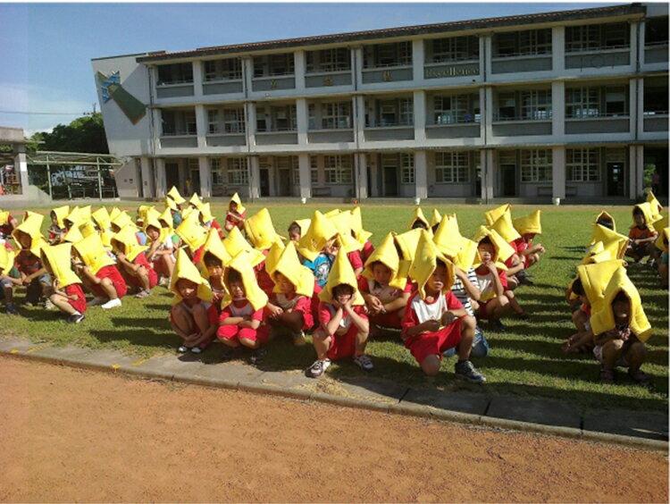 防災頭套(1-5歲幼童專用) 橘色【減輕頭部撞擊傷害、可當座墊及椅套】歡迎學校、機關團購#寢國寢城 1