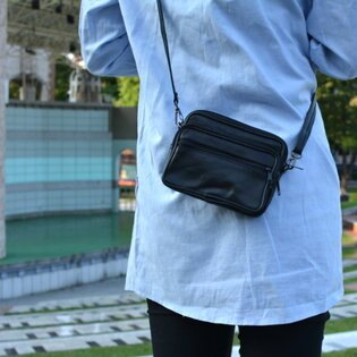 【T-HOMME x LINNATE】復古簡約文藝時尚小羊皮休閒零錢小包斜側背包