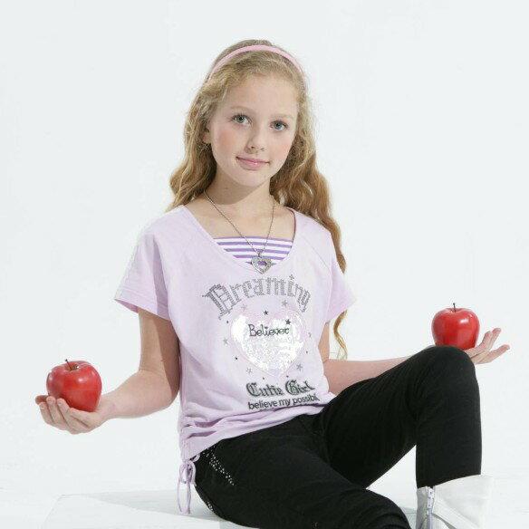 嘟嘟  閃色桃心貼布綉銀蔥字型淺粉色連袖上衣^(7號^~17號^)5813 ~  好康折扣