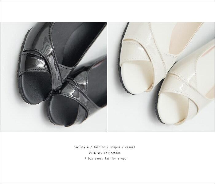 格子舖*【ADN957】MIT台灣製 經典雅致質感亮皮 交叉3.5CM楔型魚口包鞋 2色 2