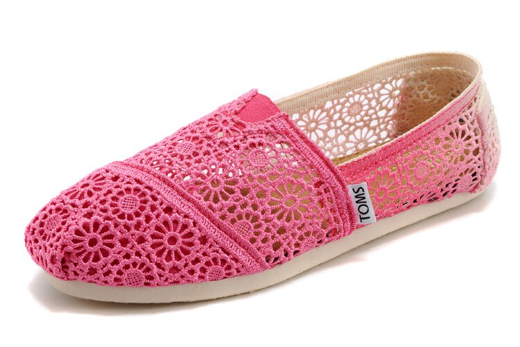 【TOMS】 桃紅色漸層蕾絲平底休閒鞋  Zig Zag Crochet Fuschia Dip-Dyed Women's Classics 2