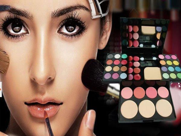【櫻桃飾品】ADS艾迪絲彩妝盒化妝盒24色眼影+8色唇彩4色腮紅+3塊粉餅美容丙級批發【22338】