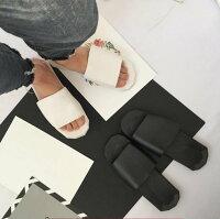 情人節禮物推薦到FINDSENSE品牌 夏季男士 時尚潮流 高品質 復刻 簡約暗黑 情侶鞋 拖鞋