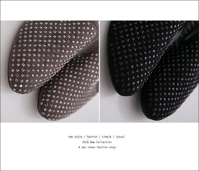 格子舖*【KF868-9】率性金屬鉚釘風 質感絨布舒適柔軟鞋墊 平底包鞋 樂福鞋 懶人便鞋 2色 2