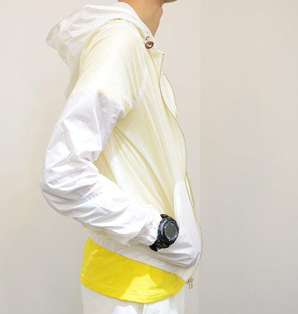 素色白色 白趴 夜店 風衣 薄款 夏天 穿搭 防曬外套 NIKE