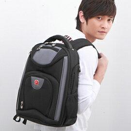 【FILA】潮男時尚多用途超輕電腦運動背包F7-黑(MB0013N)