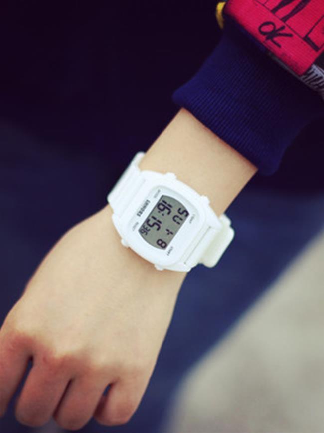 50^%OFF SHOP~H021543WAH~糖果色女表 潮流休閒手錶 果凍學生手錶 彩
