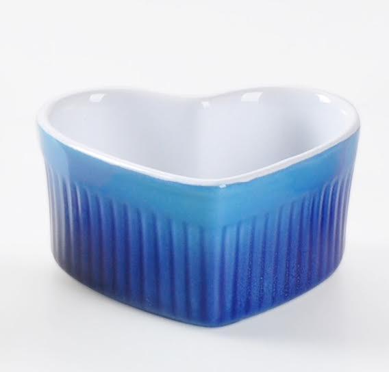 HOMA 彩色廚房 心型彩色烘培烤盅 無鉛無毒 來自法國時尚色系 藍色一個 母親節媽媽最愛