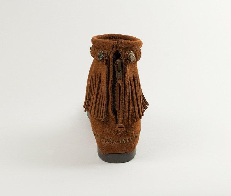 【Minnetonka 莫卡辛】棕色 - 麂皮後拉鍊流蘇莫卡辛短靴 5