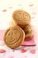 分享幸福的婚禮小物推薦喜糖_餅乾_伴手禮_糕點推薦【喜憨兒】100g手工餅乾
