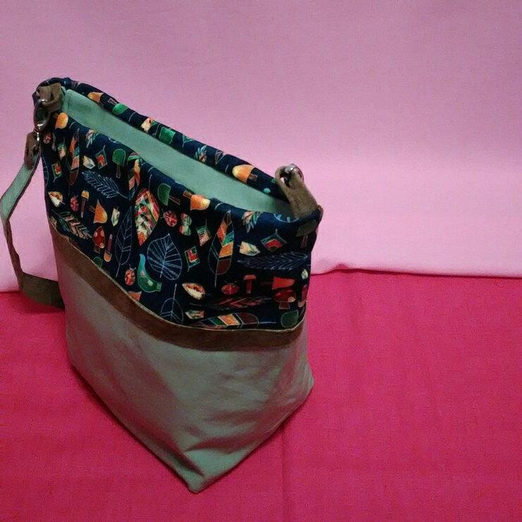 綠彩 手作 包 拼接布包 側肩包 拉鍊包