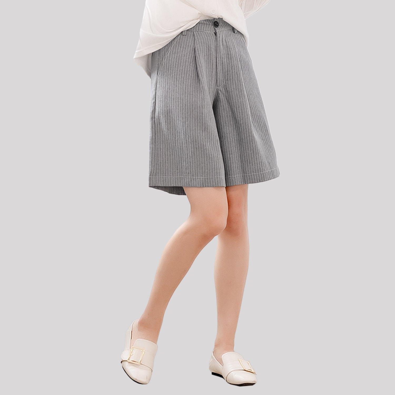 五分褲--雅緻格調知性魅力OL首選質感直條挺版雙口袋五分褲(黑.灰XL-5L)-R178眼圈熊中大尺碼 0