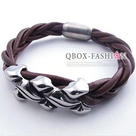 《 QBOX 》FASHION 飾品【W10021766】精緻潮流不規則面牛皮革316L鈦鋼手鍊/手環(咖啡色)