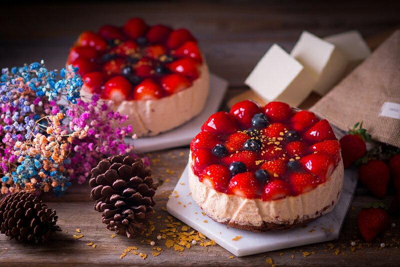 【感謝綜藝大熱門、上班這黨事節目介紹】節目美食:新鮮大湖高山草莓融心乳酪6吋!全台唯一會爆漿的草莓蛋糕~爆漿草莓乳酪蛋糕2017全新版:原價$550 ↘特價$400 5