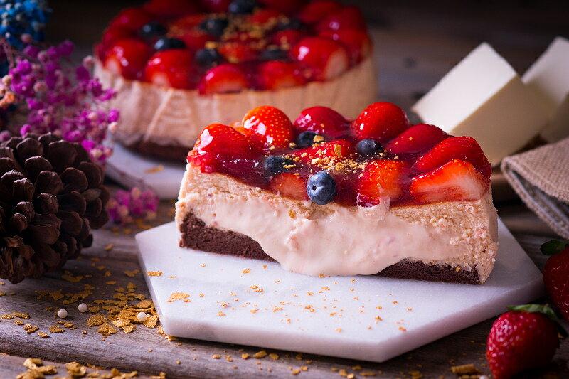 【感謝綜藝大熱門、上班這黨事節目介紹】節目美食:新鮮大湖高山草莓融心乳酪6吋!全台唯一會爆漿的草莓蛋糕~爆漿草莓乳酪蛋糕2017全新版:原價$550 ↘特價$400 1