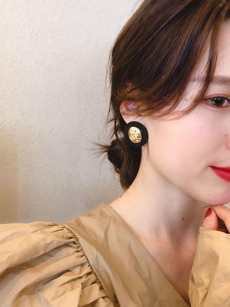 莫蘭迪色圓盤耳釘簡約冷淡風氣質韓國東大門耳墜質感金屬星星耳環1入