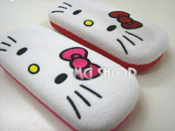 日本原裝 Hello Kitty 凱蒂貓 絨毛眼鏡盒-(粉色/紅色-單售)
