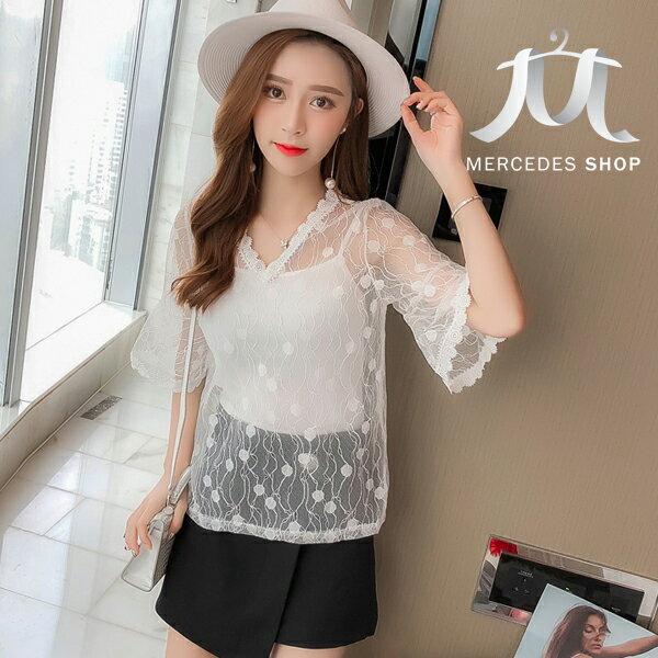 《全店75折》韓國甜美喇叭袖鏤空蕾絲衫+吊帶兩件套上衣(S-XL,3色)-梅西蒂絲(現貨+預購)