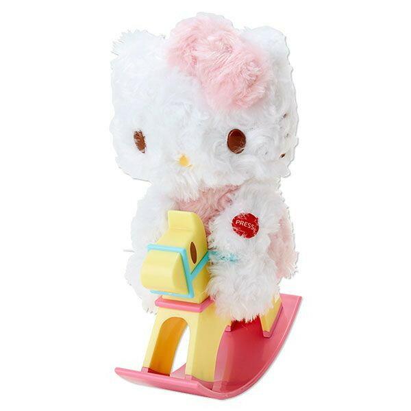 【唯愛日本】14100700010 音樂木馬玩偶-玫瑰捲毛 三麗鷗 Hello Kitty 凱蒂貓 可動式 玩偶 娃娃 預購
