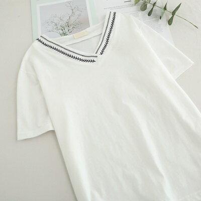 短袖T恤V領上衣-簡約清新刺繡開岔女打底衫73sy14【獨家進口】【米蘭精品】