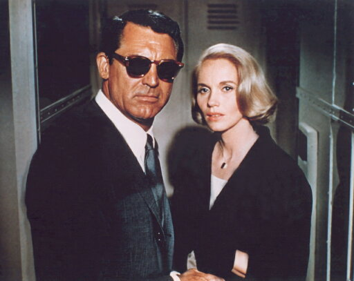 Everett Collection EVCMMDNOBYEC003LARGE North by Northwest Photo Print, 20 x 16 - Large