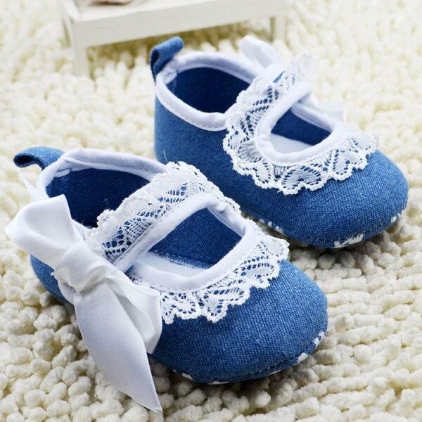 麻吉小舖:【經典公主鞋】女寶寶學步鞋軟底嬰兒花童鞋牛仔蕾絲款