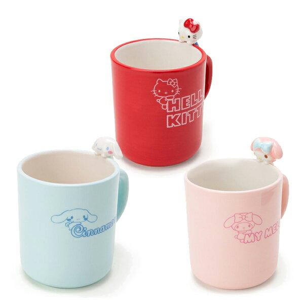 PGS7日本三麗鷗系列商品-日貨三麗鷗陶瓷杯緣公仔馬克杯Kitty蛋黃哥【SEJ71260】
