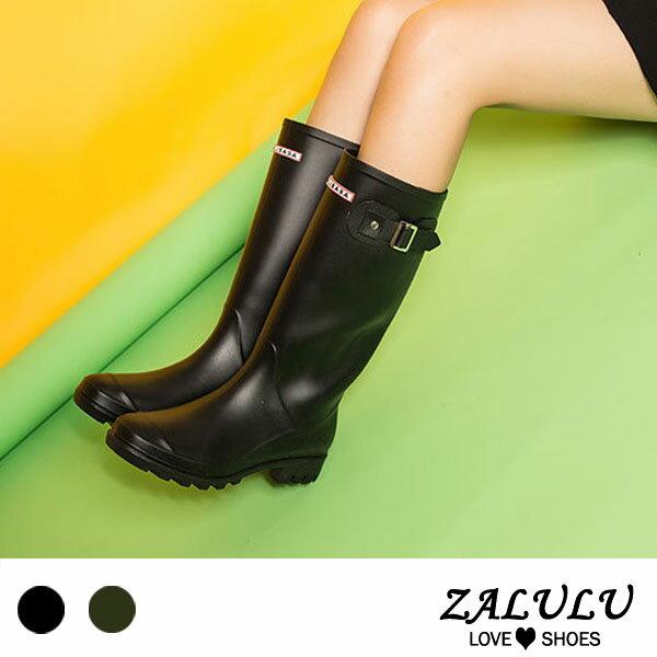百搭款英文字素色雨靴