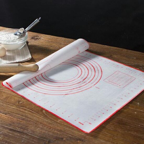 ♚MY COLOR♚帶刻度矽膠揉麵墊 擀麵墊 和麵 矽膠墊 烘焙 工具 麵包 案板 麵食【P255】