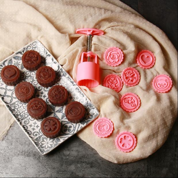 韓式50g月餅模具8片花型月餅按壓模可愛造型月餅模餅乾壓模翻糖模