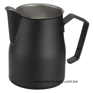 金時代書香咖啡 MOTTA 專業拉花杯 奶泡杯 500ml 黑  HC7081
