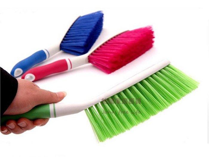 約翰家庭百貨》【CA120】防滑橡膠把手床刷 沙發刷 地毯刷 衣物清潔刷 除塵刷子 隨機出貨
