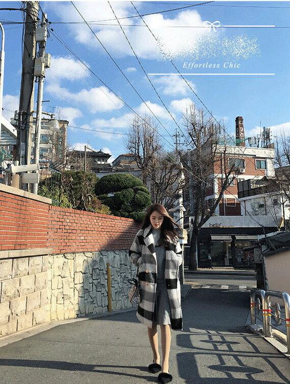 優雅迷人.冬季黑白格子中長款毛呢大衣- shiny藍格子【V9121】 4
