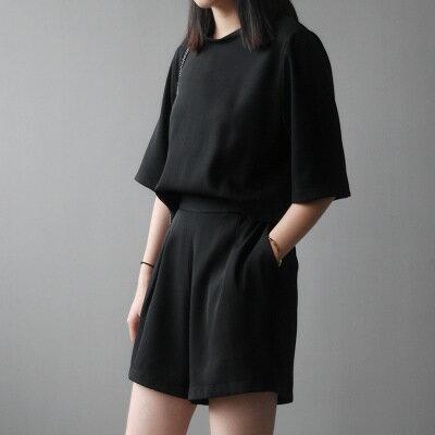 韓系女裝後背鈕扣鬆緊腰連身短褲樂天時尚館。預購