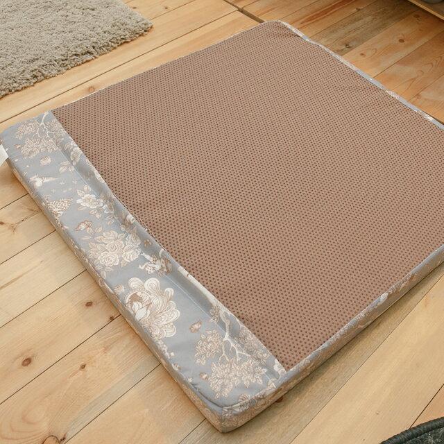 北歐風大型坐墊  52cmX52cm 厚5cm 可愛有彈性 3