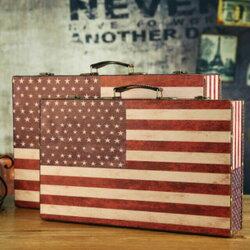 !新生活家具!《瑞德》美國國旗 英式收納箱 工業風 攝影道具 皮箱 雜物收納 收納箱 儲物箱 整理箱 收提箱 行理箱