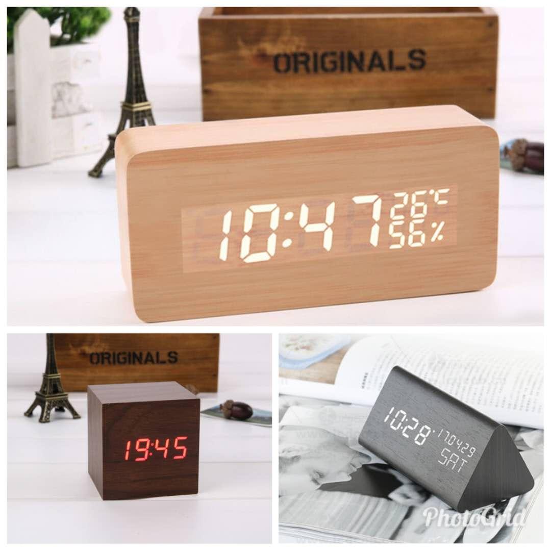 【現貨 】USB 聲控 木質時鐘 簡約時尚  電子鬧鐘 日期 溫度 濕度 萬年曆 迷你鬧鐘 LED 0