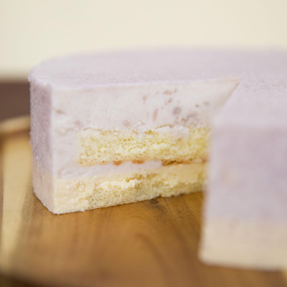 【上城蛋糕】芋見幸福8吋,精選甜柔芋頭餡,白巧克力脆餅底,搭配胡麻布丁,芋頭蛋糕,甜而不膩清爽口感,下午茶甜點首選