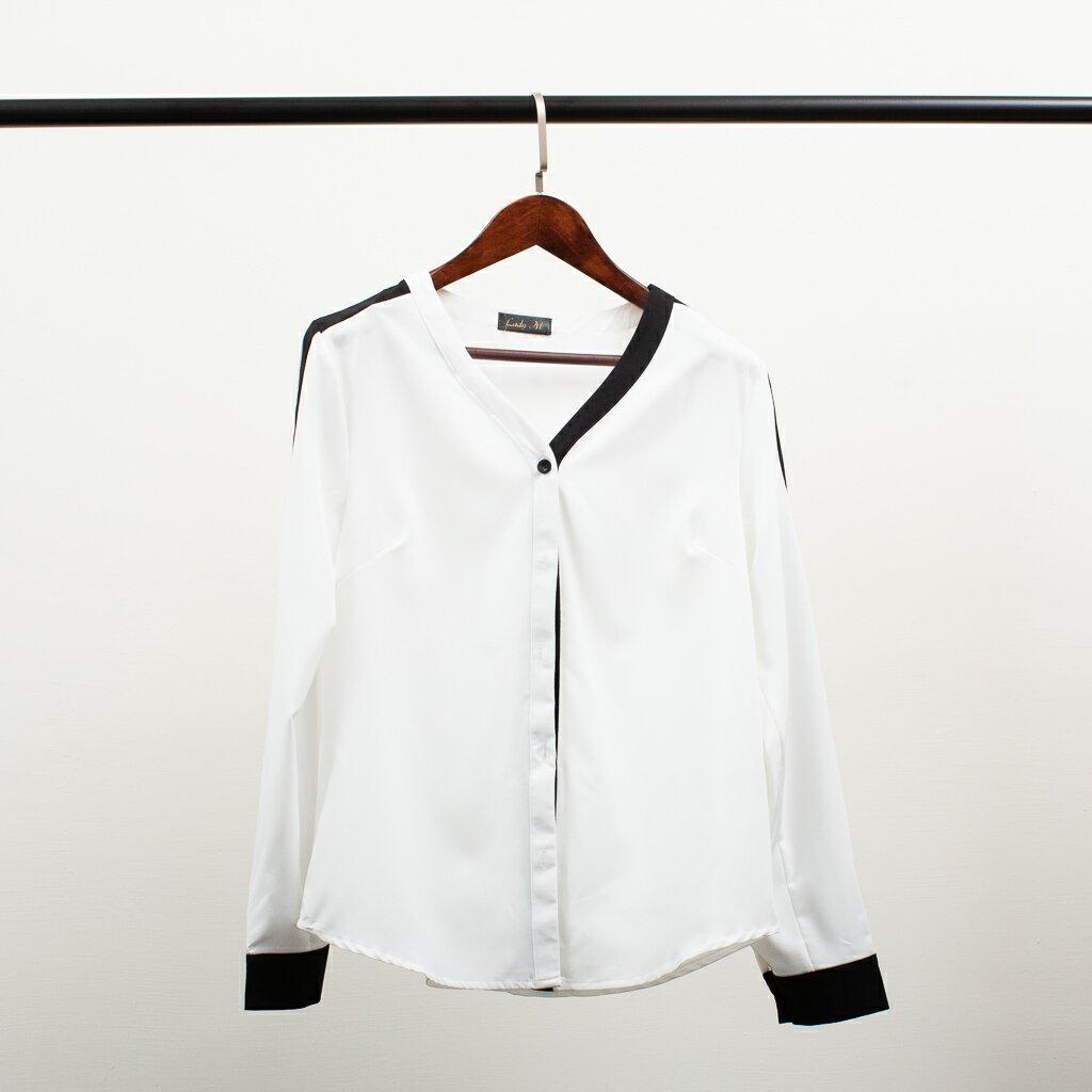 Lady M V領滾黑邊白襯衫