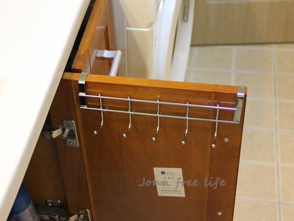 不鏽鋼櫥櫃門背五連掛勾架 門後掛勾 衣櫃掛鉤【SA490】《約翰家庭百貨
