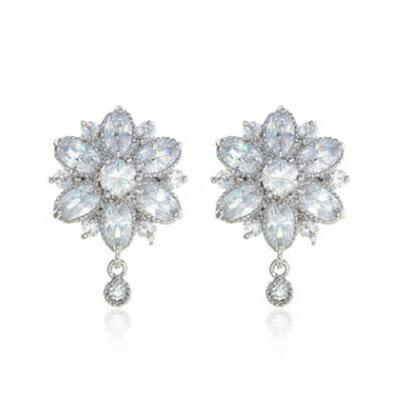 純銀耳環鍍白金鑲鑽耳飾~ 精緻耀眼花朵生日情人節 女飾品73cr3~ ~~米蘭 ~