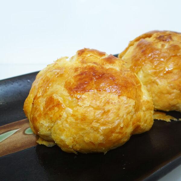 酥皮菠蘿蛋黃穌